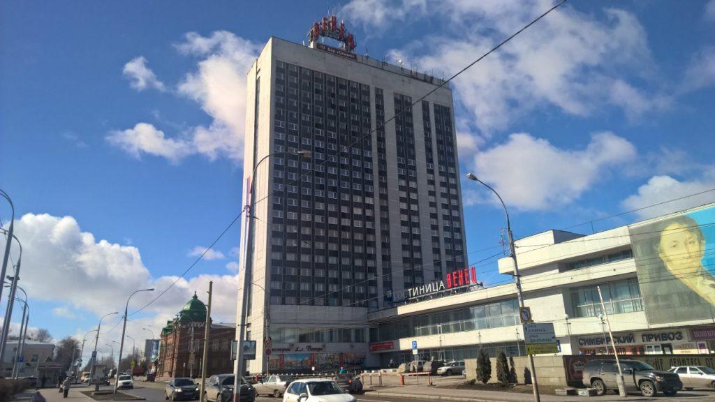 Гостиница Венец, в которой живут все участники