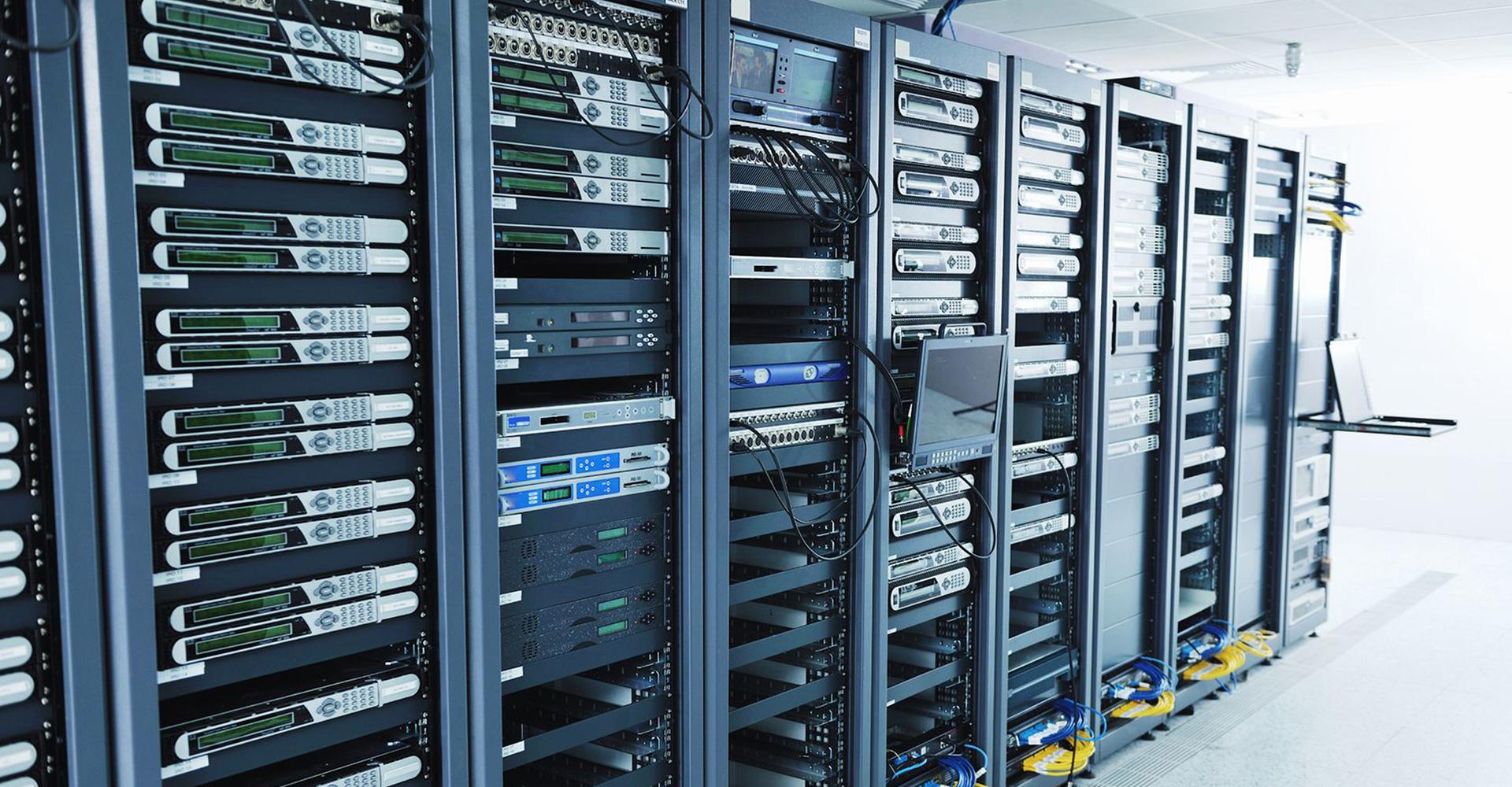 Пример интеллектуального управления питанием группы серверов при помощи NetPing